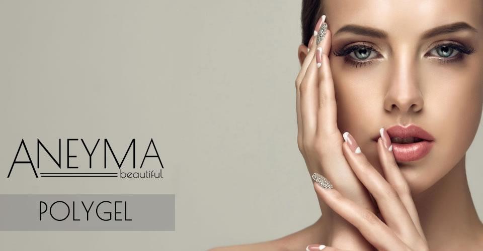 Ejemplo de uñas con Polygel Aneyma