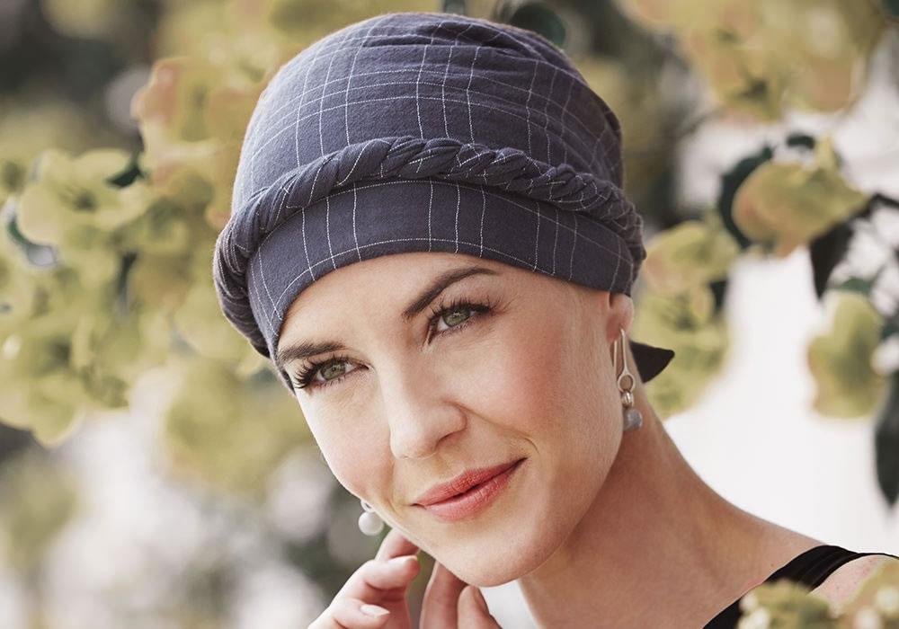 Pañuelos para las mujeres en tratamientos oncológicos