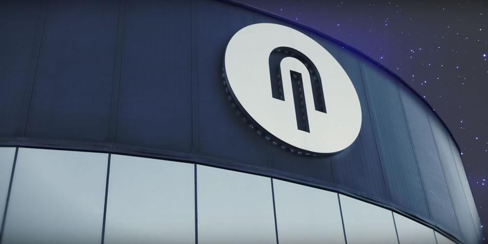 Logotipo en la fachada de Nirvel Profesional